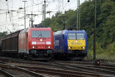 Parallelfahrt - Railion und Connex - Einfahrt Gnf Gremberg