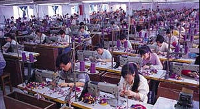 two cheers for sweatshops essay Two cheers for sweatshops  (1997) chided the anti-sweatshop movement in a notorious essay  in praise of cheap labor  a tale of two factories: successful resistance to sweatshops and the.