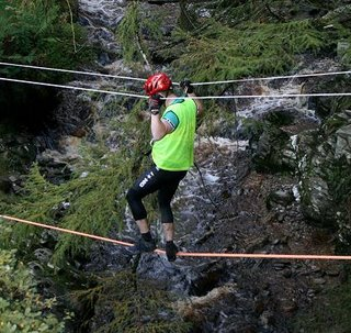 Banagher adventure race rope crossing
