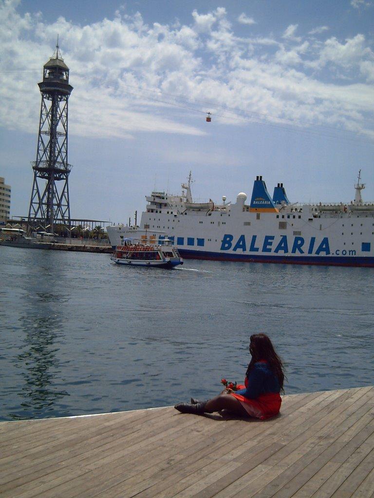 Barcelona Port: Lady at Rambla de Mar