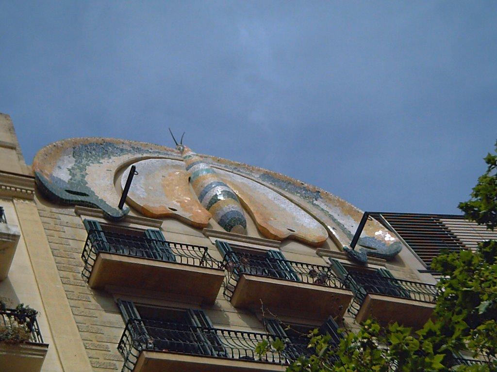 Plaça Espanya: Modernist Butterfly