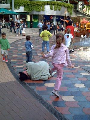 Heron City Barcelona: Kids at Play