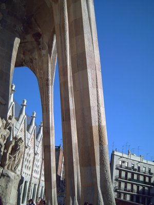 Sagrada Familia: The Jungle Columns - Click to Resize