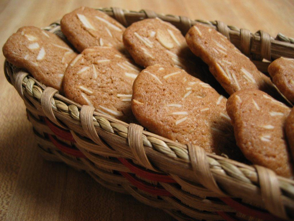 My Little Kitchen Mondays With Maida Almond Spicebox Cookies