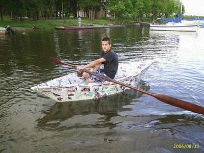 paper boat 1 Kapal Terbuat Dari Kertas Bisa Ditumpangi & Mengambang