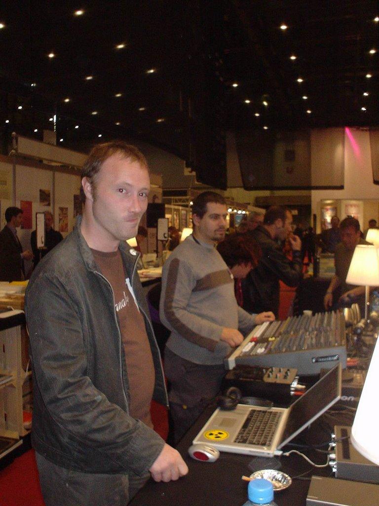 le cercle au salon du livre 2006
