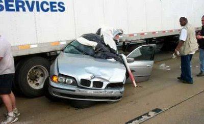 fotos carros - acidente