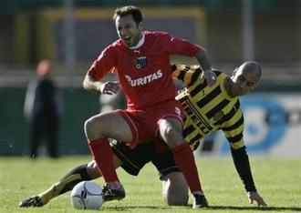 Jorge Fucile novo lateral Fc Porto