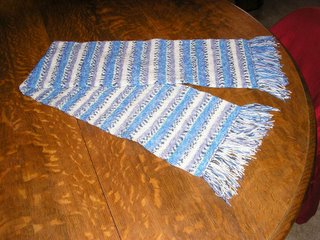 self-patterning scarf