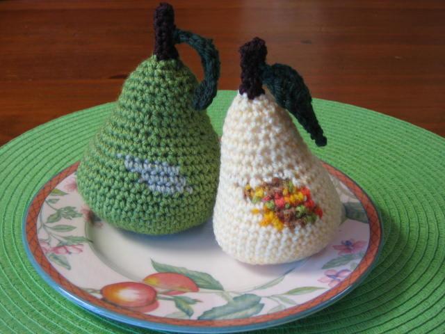 Crochetroo Crochet Pears Free Pattern