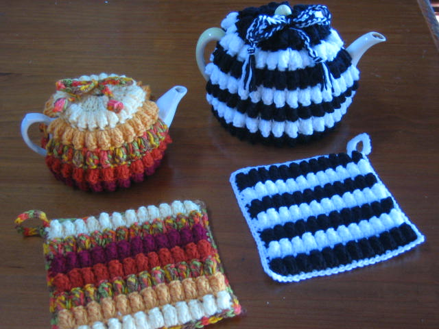 Crochetroo Aussie Kitchen Kitsch Popcorn Tea Cosy And Hot Pads