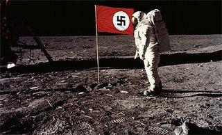Nazis en la luna