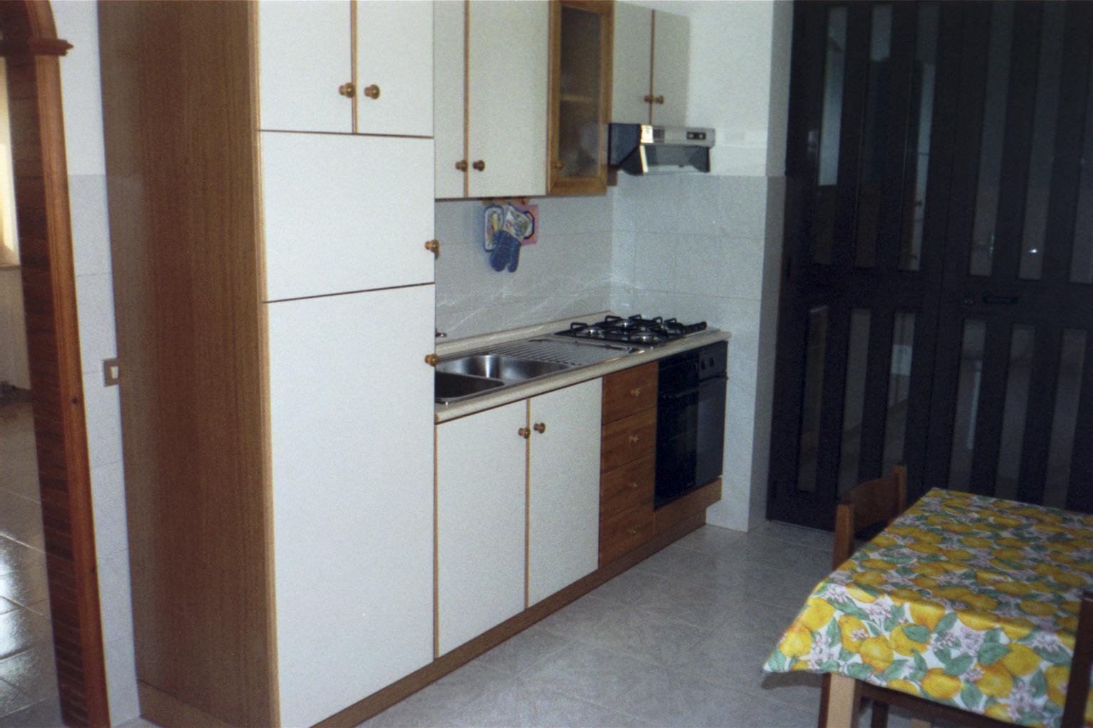 Vendesi abitazione, casa di vacanze - House for sale - Wohnungen ...