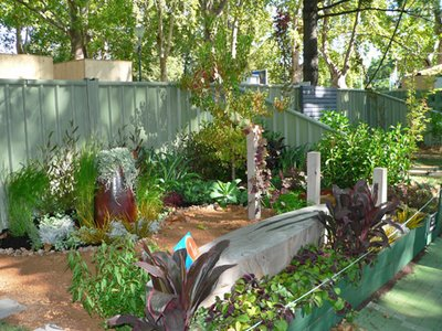 Melbourne photographs victoria tasmania queensland for Courtyard landscaping brisbane