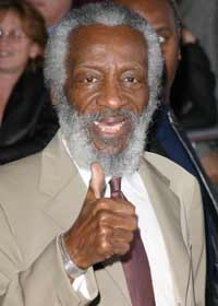Dick Gregory half dead already. http://markinmexico.blogspot.com/ Mark in Mexico, moderate to conservative opinion on news politics government and current events. News and opinion on Mexico.