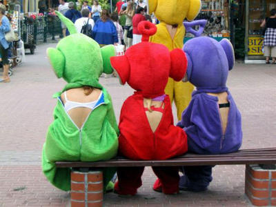 Cross your Teletubby Bra