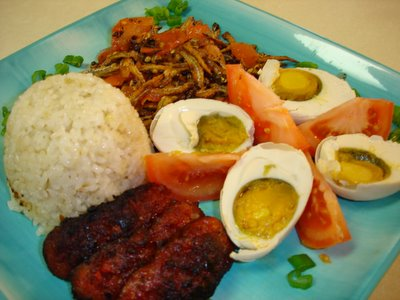 Discovery Now CJs Food Fantasy Puts Together Another Silog Longanisa Dilis Fried Rice And Itlog Na Maalat Salted Egg A Complete Breakfast