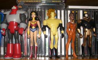 Soviete Supremo (não sei se este ainda é o nome dele), Mulher-Maravilha, Tempus, Vixen e Gladiador Dourado