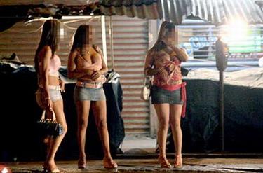 Prostitutas en vitrinas follando prostitutas videos