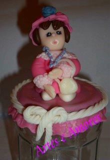 Frasco com Dama em Biscuit
