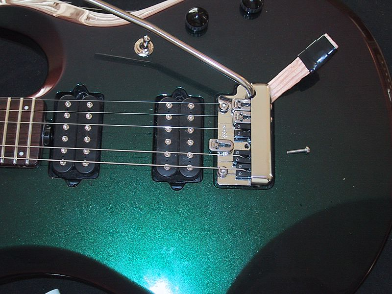 Ryan\'s Guitars: November 2005