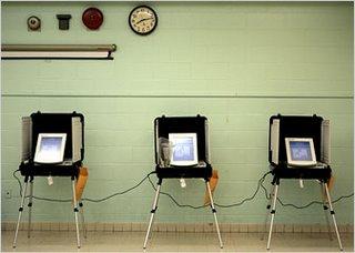 Urnas eletrônicas em Maryland, Chris Gardner/AP, NYT