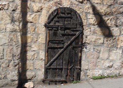 Old wooden door on Rav Kook Street