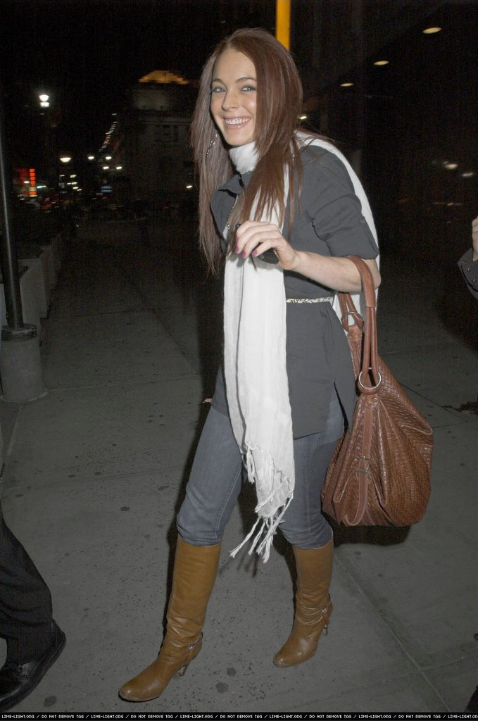 Fashion Addicted: Lindsay lohan Out and about in NYC- April 8