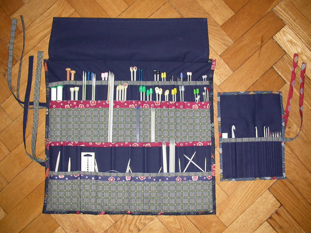 Knitting Needle Storage Case Pattern : Alexandra s knits tutorial needle case