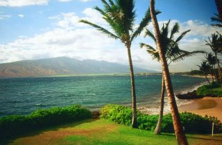Pu'u Kukui from Kihei, Maui, Sep. 2003 (New and Improved)