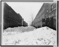 Christmas Snow in Harlem, Library of Congress Prints and Photographs Division, REPRODUCTION NUMBER: LC-USZ62-113361