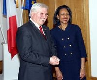 German Foreign Minister Steinmeier welcomes Secretary Rice to the German Foreign Ministry