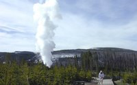 Photograph of Steamboat Geyser, Norris Geyser Basin, Yellowstone National Park, courtesy of Tom Cawley, NPS