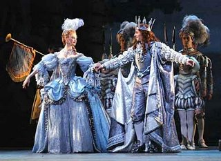 Photograph by John Ross / www.ballet.co.uk