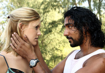 naveen andrews personal life