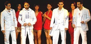 Harbhajan Singh Mohammad Kaif Virendar Sehwag and Irfan Pathan walking the catwak and modelling for Samsung cellphones