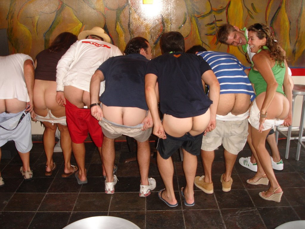Group Of Girls Mooning