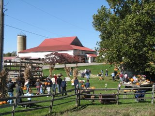 Pumpkin Pickin' – An Autumn Tradition