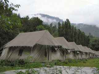 Tents, type 1, just before Manali
