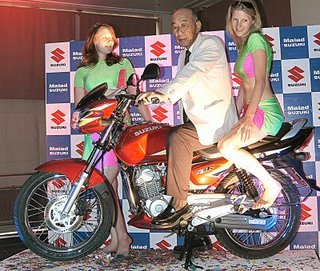 Girls, Suzuki Zeus and Suzuki India Md Katsumi Takata