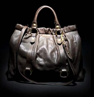 handbag.com scoop on Shopping for Women, Teen, Girls, Fashion, Clothing, Shoes, specials, reductions, Bargains Sales