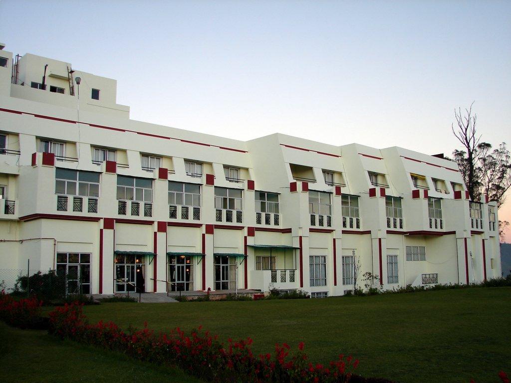 Mithun Chakraborty Ka Hotel