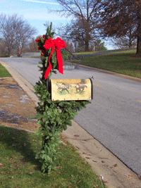 Christmas decorations on mailbox