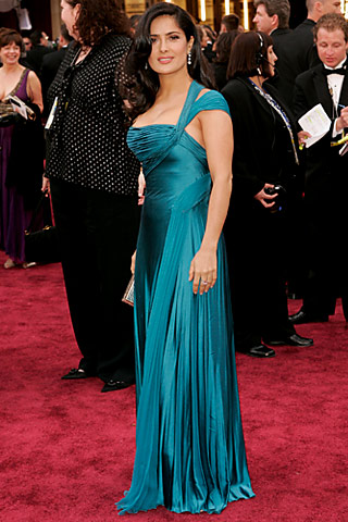 1 Salma Hayek In Atelier Versace Knows What Works For Her The Ocean Blue Hue Was Perfect Olive Skin And Fit Accentuated All Right Body
