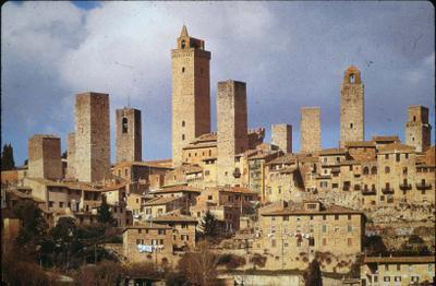 Galaaz 2 a cidade medieval organiza o f sica social e for Piani di casa torre allerta