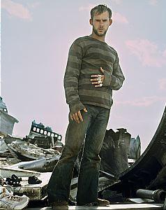 Charlie (Dominic Monaghan)