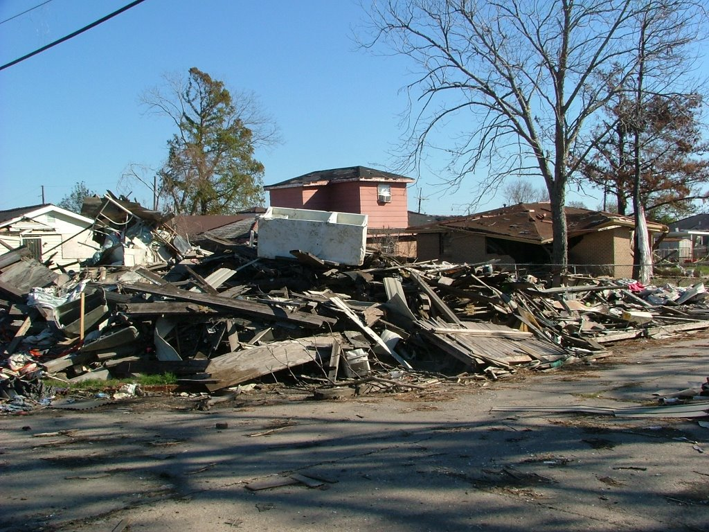 aftermath of katrina Ten years ago, hurricane katrina left the city of new orleans underwater in a  state of emergency lives were lost, homes were destroyed and a.