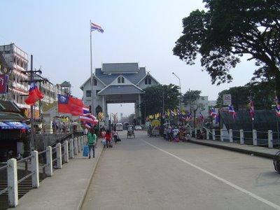 Border crossing from Tachilek to Mae Sai