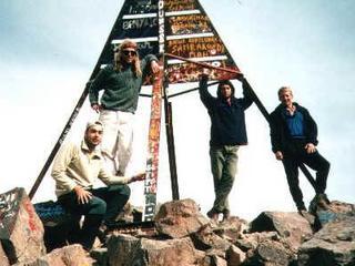 En la cima del Toubkal