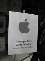 Apple Store Grand Opening